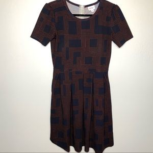 Pleated LulaRoe Amelia short-sleeve Dress